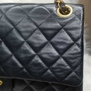 MORE DETAILED PICS OF CHANEL MEDIUM FLAP